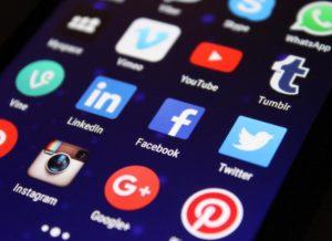 facebook marketing specialist dr adam arnold web profit maximizer