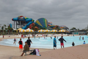 photo of the wave pool and the water slides at Wet'n'Wild Sydney
